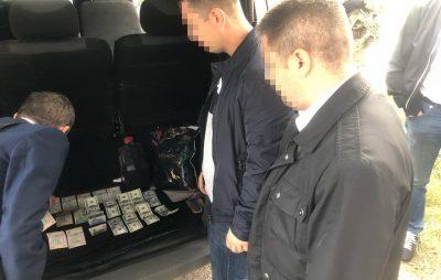 На Львівщині СБУ викрила на хабарі працівників митного поста «Грушів»