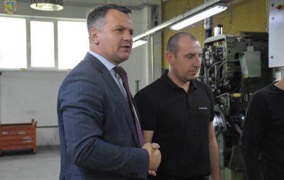 Олег Синютка оглянув виробничі потужності підприємства із виготовлення металопродукції