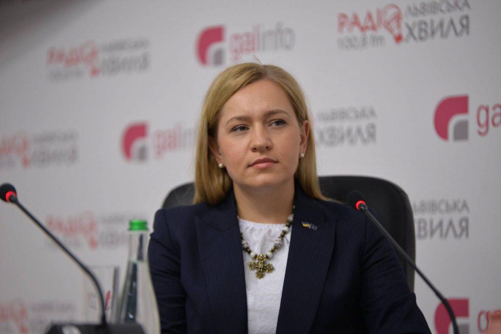 Парламент повинен згуртуватися і продовжити курс на ЄС та НАТО, – Оксана Юринець