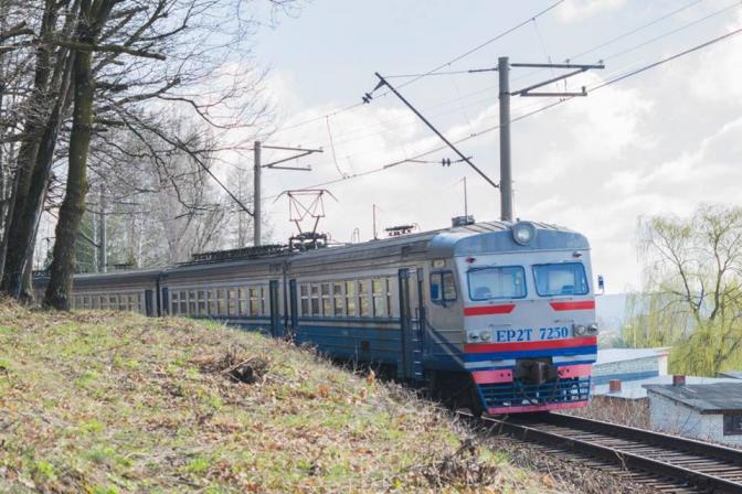 На Львівщині поліцейські встановили особу загиблого внаслідок наїзду потяга. Фото: відкриті джерела.