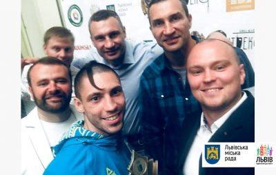 Брати Клички нагородили у Львові найкращих спортсменів-медалістів Європейських ігор