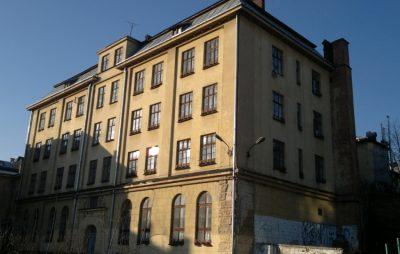 Львівська міськрада прийняла у власність скандальне приміщення на вул. Короленка,7. Фото: відкриті джерела.