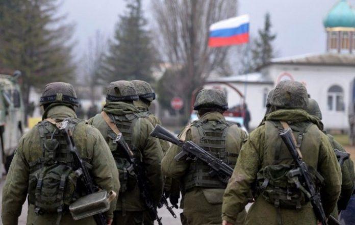 17 кримчан засудили через ухиляння від служби в армії окупанта. Фото: відкриті джерела.