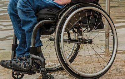На Львівщині неповнолітній хлопець обікрав інваліда