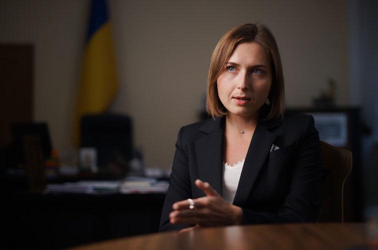 У проекті бюджету-2020 підвищення зарплат освітянам наразі нема, - Новосад
