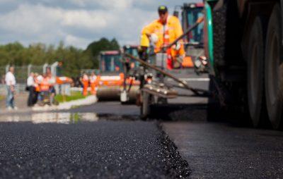 На Яворівщині розікрали кошти, призначені для ремонту доріг. Фото: відкриті