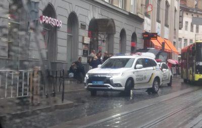 У Львові невідомий поранив ножем чоловіка. Фото: Ігор Зінкевич.