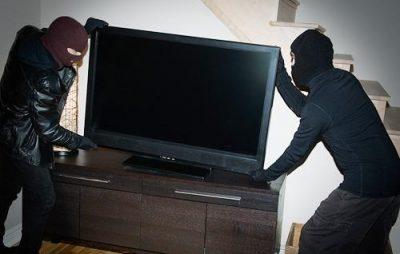 У Львові чоловіку вкрали телевізор. Фото: відкриті джерела.