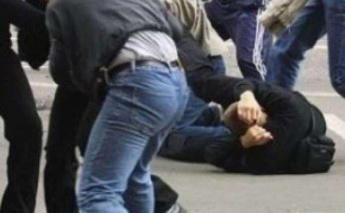 У Бориславі побили та обікрали чоловіка