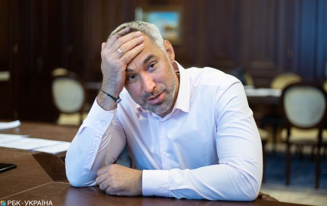 """Нардеп від """"Слуги народу"""" відбував термін за зґвалтування, - Рябошапка"""