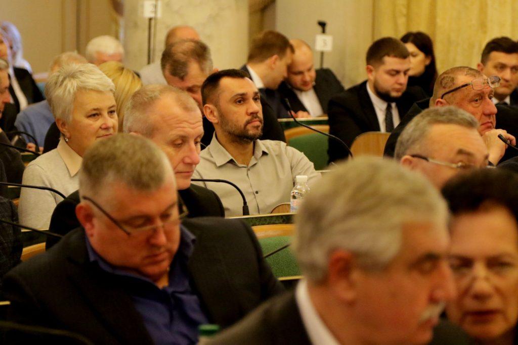 Львівська облрада просить підприємців припинити господарську діяльність з Росією