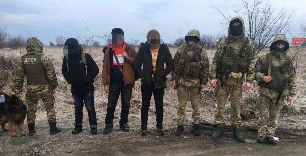 На Львівщині затримали трьох нелегалів з Марокко