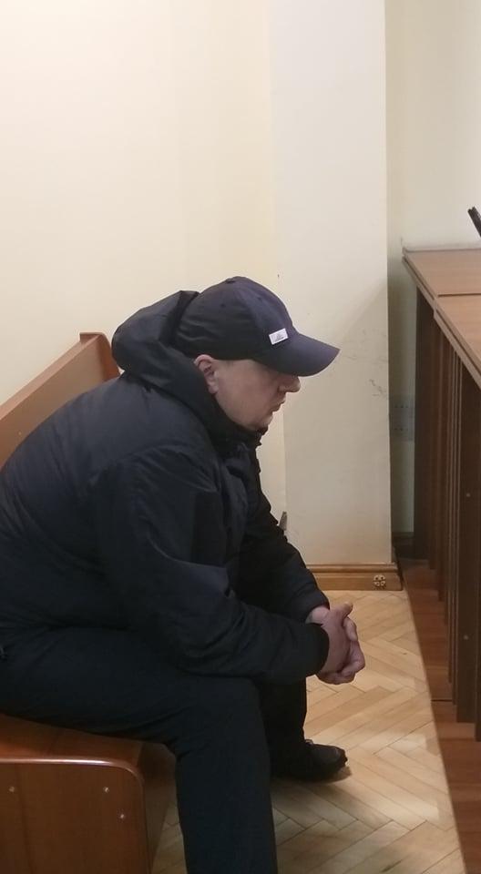 У Львові суд обрав запобіжний захід підозрюваному у підпалі авто журналістки. Фото: Діло.
