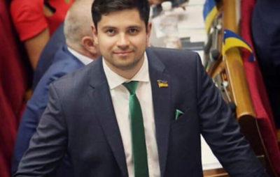 «Слуга народу» Олександр Качура досі є керівником підрозділу організації Медведчука «Український вибір»