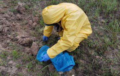 У Львові виявили 2,4 кг ртуті. Фото: ДСНС.