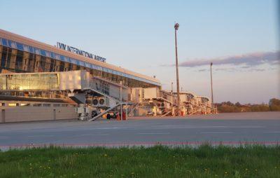 Як виглядає аеропорт «Львів» на Великдень. Фото: Victor Halchynskyy.