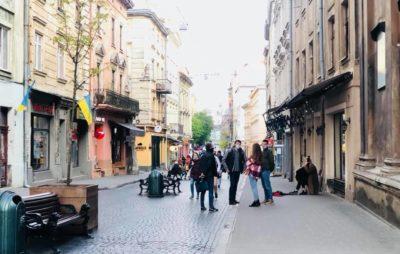 До Львова повернулись перші туристи. Фото: Наталка Волосацька.