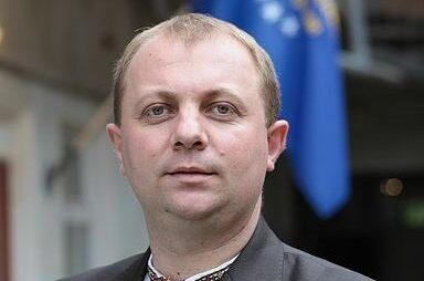 Зеленський звільнив голову Стрийської РДА Любомира Кащука. Фото: відкриті джерела.