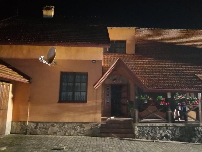 У Городку вирів житловий будинок. Фото: ДСНС.