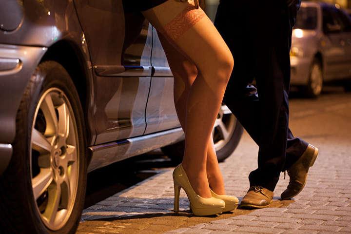 Німецькі проститутки вимагають відкриття борделів. Фото: відкриті джерела.