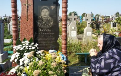Сьогодні минає шоста річниця смерті Героя України Івана Вухули. Фото: Яворівська РДА.