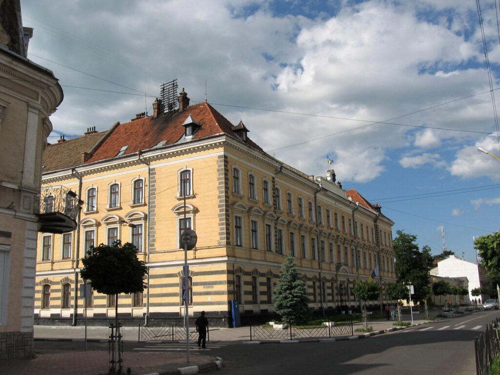 Стали відомі прізвища заступників міського голови Стрия