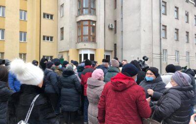 У Львові вийшли на протест проти підвищення ціни на газ. Фото: Четверта студія