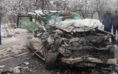 На Львівщині смертельна ДТП заблокувала дорогу. Фото: Патрульна поліція
