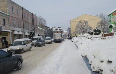 Мостиська засипало снігом. Фото: Галина Сорока
