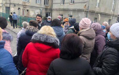 На Львівщині медики розпочали страйк. Фото: Ігор Муравський.
