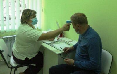 Міський голова Трускавця вакцинувався від COVID-19. Фото: ЄС
