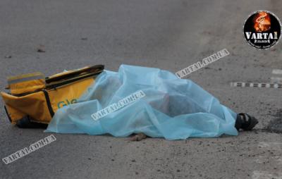 У Львові внаслідок наїзду «BMW» загинула скутеристка. Фото: Варта1