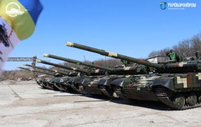 Львівський бронетанковий завод передав військовим модернізовані танки. Фото: Укроборонпром
