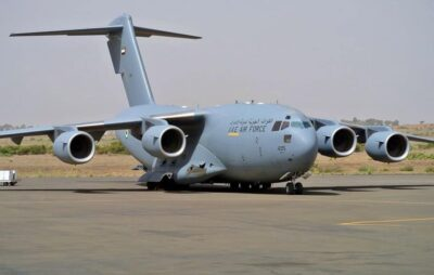 У Львові приземлився військово-транспортний літак ВПС США з таємним багажем. Фото: Назар Приходько