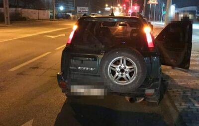 У Львові 14-дівчина кермувала автомобілем. Фото: Патрульна поліція