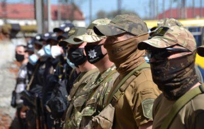 Бійці зведеного загону поліції Львівщини вирушили в зону проведення ООС. Фото: Нацполіція