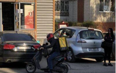 """У Львові розшукують кур'єра """"Glovo"""", який збив дитину, Фото: Варта1"""