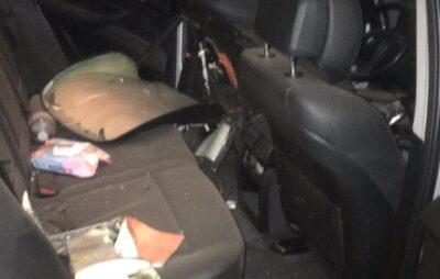 В Івано-Франківську пострілом з РПГ підірвали автомобіль. Фото: Нацполіція