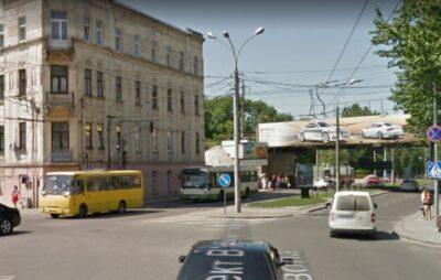 У Львові розширять перехрестя на розі Чорновола - Під Дубом