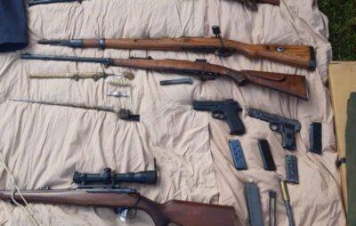 У львів'янина вилучили арсенал зброї та боєприпаси. Фото: Нацполіція