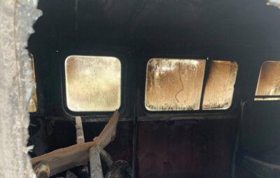 У Зимній Воді згорів автомобіль. Фото: ДСНС