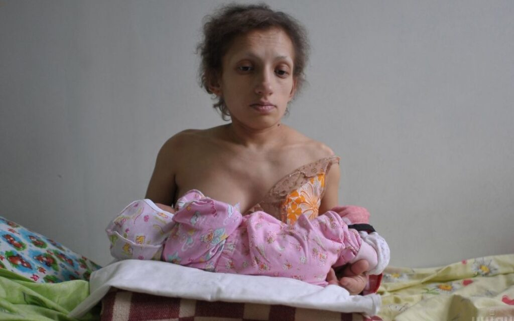 На Львівщині померла найнижча мама в Україні