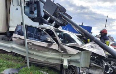 На трасі «Київ-Чоп» сталося смертельне автозіткнення з травмованими