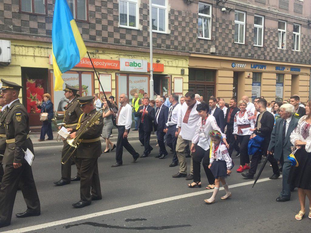 У Пикуличах вшанували полеглих українських воїнів. Фото Олега Довганика