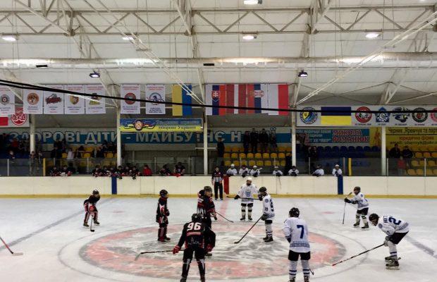 У Новояворівську завершивсяІ етапу Карпатської молодіжної хокейної ліги, фото Юра Кенцало 4studio
