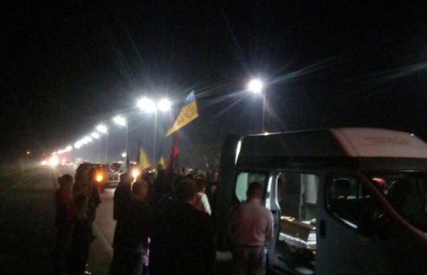 У Львові біля пам'ятника Шевченку прощатимуться з героєм. Фото Ігор Зінкевич