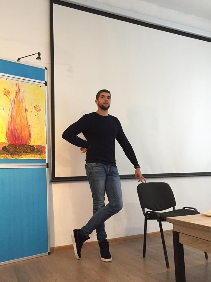 Молодь зустрілась із Миколою Стецівим - учасником АТО та успішним бізнесменом. Фото 4studio