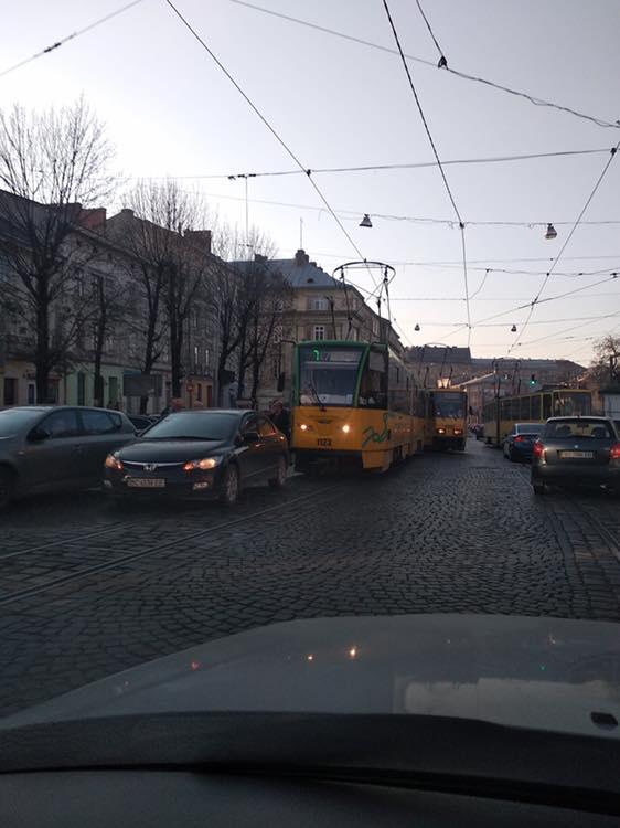 У центрі Львова сталась аварія