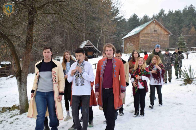 На Львівщині природоохоронці підтримують давні українські традиції. Фото: прес-служба ЛОДА.
