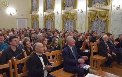 На Львівщині стартував перший міжнародний конкурс скрипалів Мирослава Скорика